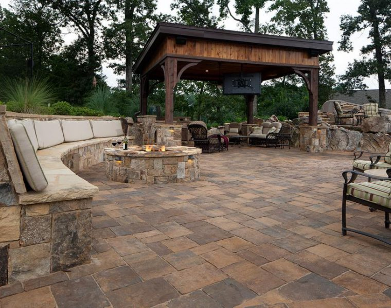 Seating Wall And Patio
