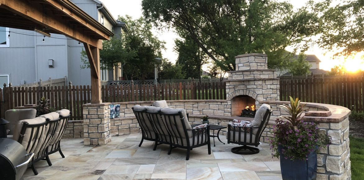 Hardscaping project in Shawnee by Kansas City Hardscapes